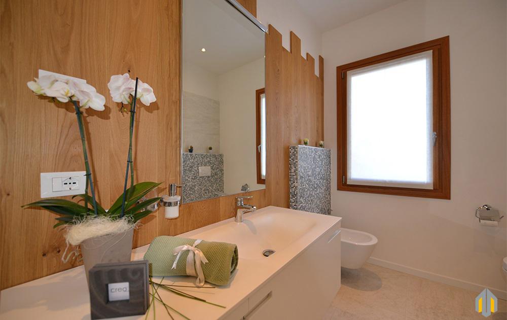 Trendy pavimenti e with pareti bagno - Smalto per pareti bagno ...