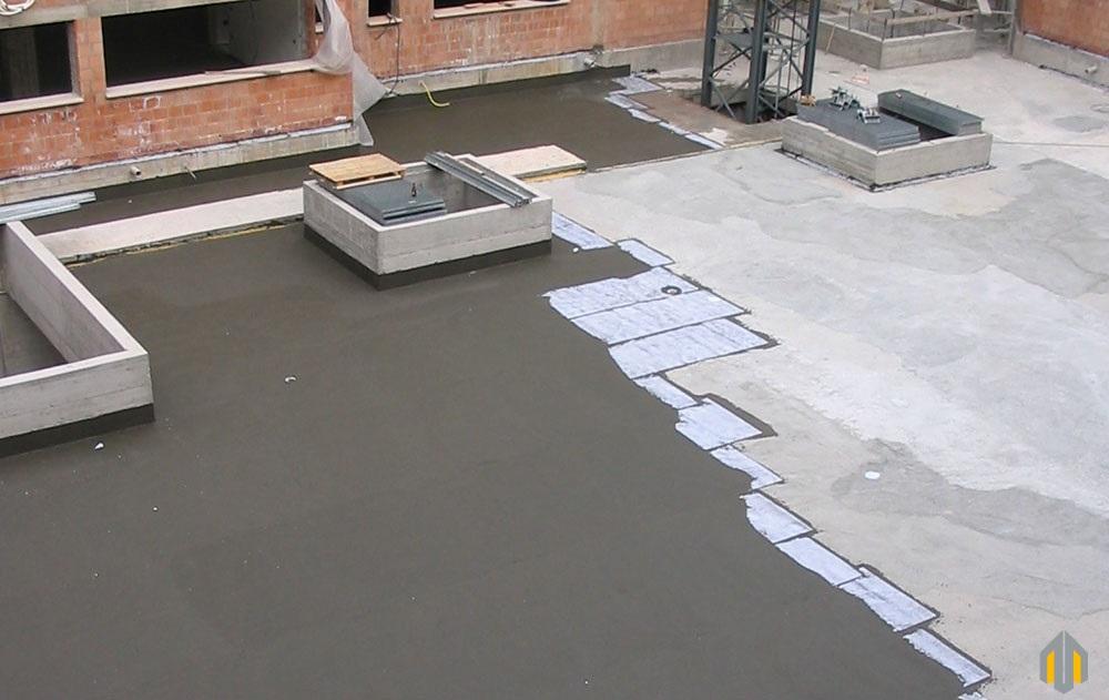 Marciapiedi Esterni Casa : Pavimenti per marciapiedi esterni realizzato in gres smaltato con